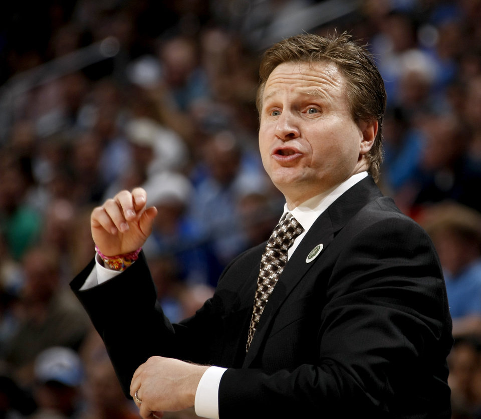 Photo - Oklahoma CIty coach Scott Brooks shouts at his team during the NBA basketball game between the Oklahoma City Thunder and the Los Angeles at the Oklahoma City Arena, Wednesday, April 6, 2011. Photo by Bryan Terry, The Oklahoman