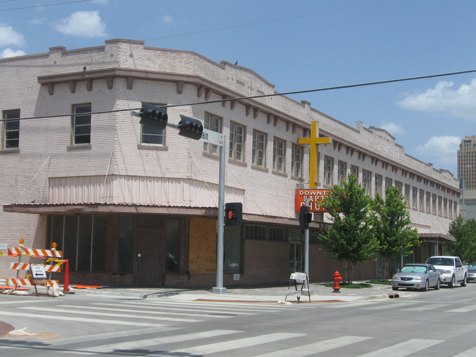 The Main Street Arcade building, 629 W Main Street, has been empty since it was sold in 2009 by the Downtown Baptist Church. <strong>Steve Lackmeyer</strong>
