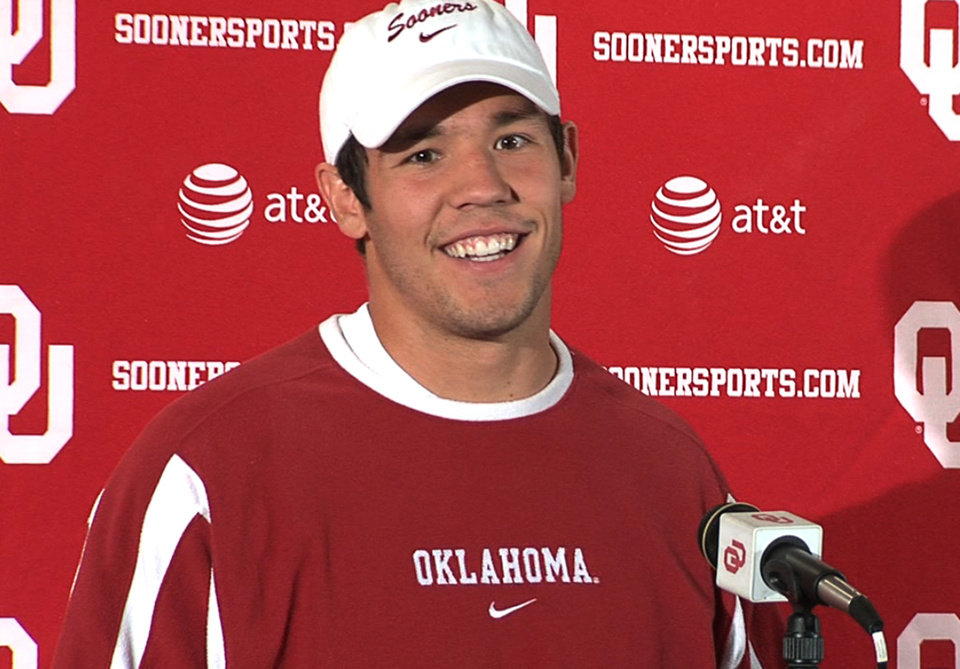 Photo - UNIVERSITY OF OKLAHOMA / OU / COLLEGE FOOTBALL PLAYER: Sam Bradford spoke to the media on Tuesday, his first public appearance in more than a month. Photo by Damon Fontenot,	The Oklahoman 	ORG XMIT: 0910062158246127