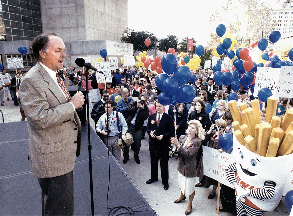 Photo - Mayor Ron Norick addresses a crowd at a rally to kick off the campaign for the city's $237.6 million downtown redevelopment plan known as Metropolitan Area Projects Plan (MAPS) on Nov. 10, 1993. Oklahoman Archives Photo