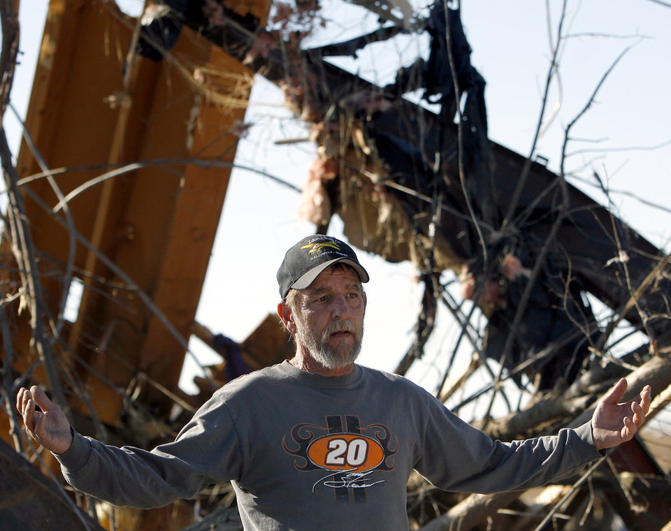 Photo - Jerry Roskam reacts as he sees that there is little left to salvage from his home following deadly storms around Lone Grove, Okla., Feb. 11, 2009. By John Clanton, The Oklahoman