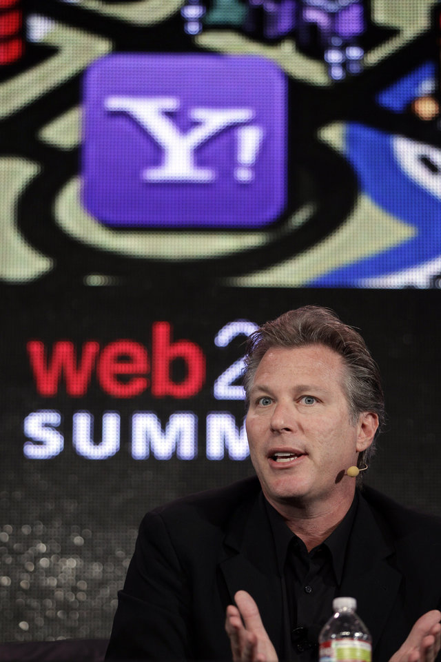 Photo -   FILE - In this Oct. 17, 2011 file photo, Ross Levinsohn, Yahoo Executive Vice President of Americas, speaks at the Web. 2.0 Summit in San Francisco. Scott Thompson, named CEO of Yahoo in January, reportedly will step down Sunday, May 13, 2012 amid controversy over mentions on his resume and in regulatory filings of a computer science degree he never received. Yahoo says it is appointing Levinsohn as interim CEO and Fred Amoroso as chairman of its board, effective immediately. (AP Photo/Paul Sakuma, File)