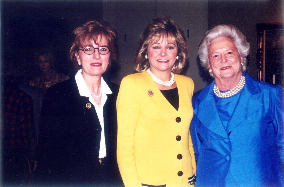 Photo - Helen Woodward, Mary Fallin and Barbara Bush during Bush's visit to Oklahoma City