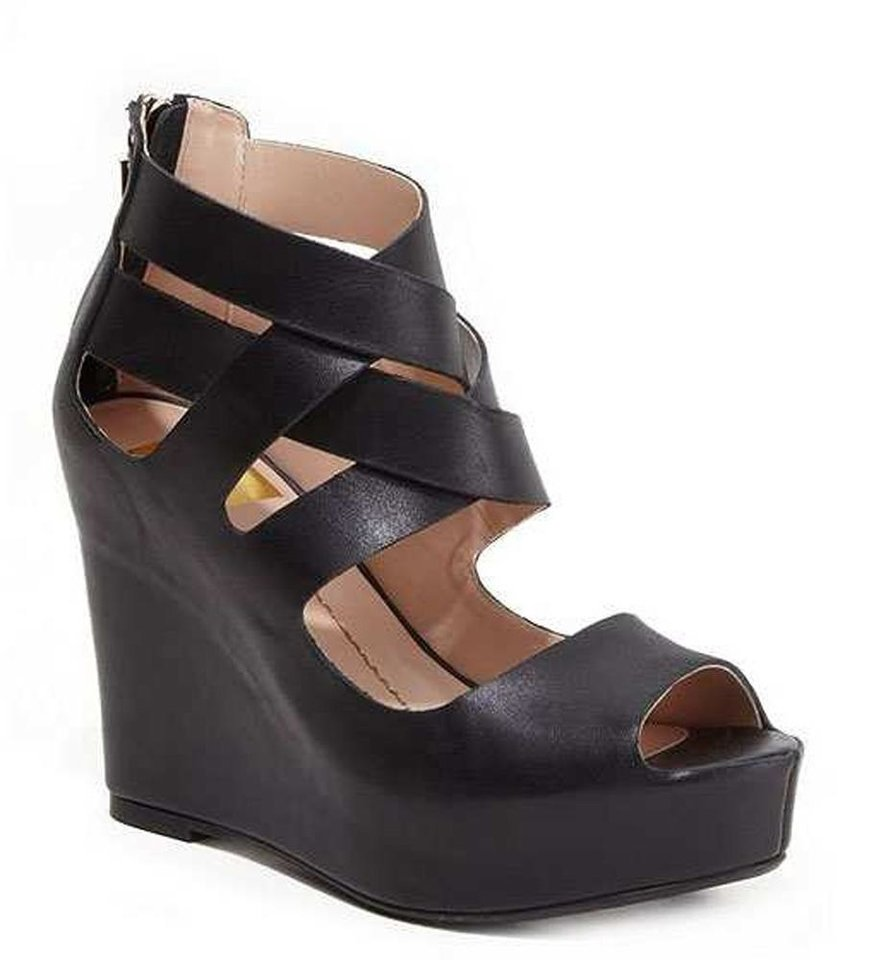 To achieve Christina Ricci celebrity look-a-like look, try these DV by Dolce Vita Jude wedges, $89 at Macys.com. (Courtesy Macys.com via Los Angeles Times/MCT)