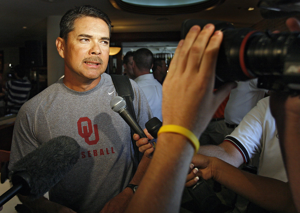 Photo - University of Oklahoma baseball coach Sunny Golloway talks to the media during the Big 12 Championship baseball championships press conference on Tuesday, May 20, 2008, in Oklahoma City, Okla.  staff photo by CHRIS LANDSBERGER    ORG XMIT: KOD