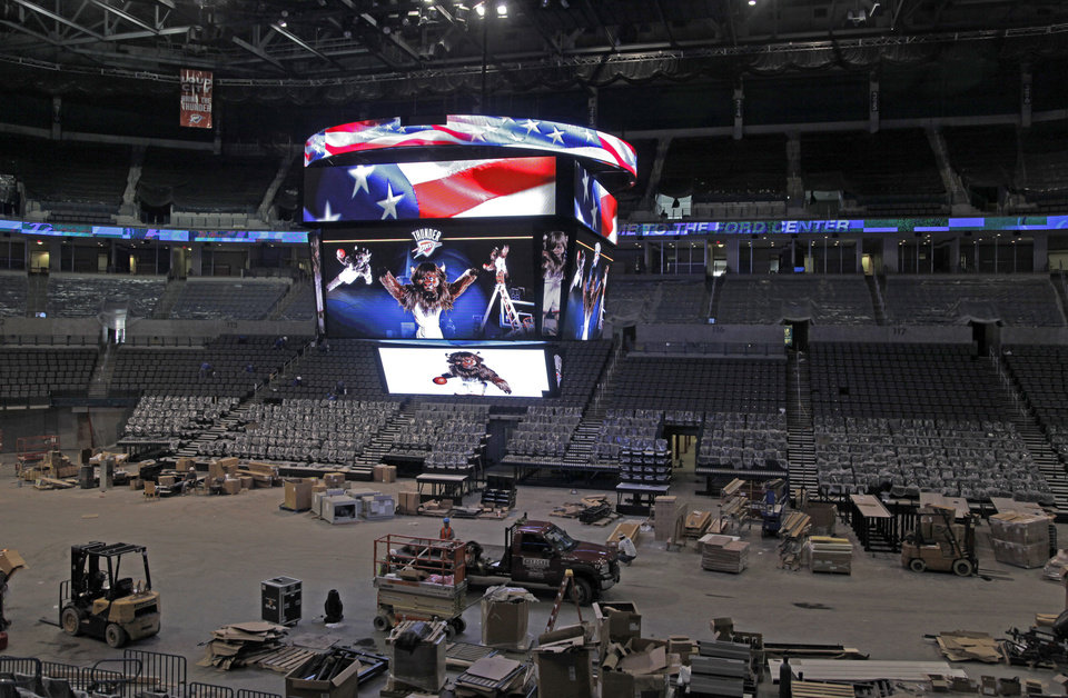 Photo - RENOVATE: A view of the new scoreboard inside the Ford Center during renovations in Oklahoma City, Thursday, August 27, 2009. By Nate Billings, The Oklahoman ORG XMIT: KOD