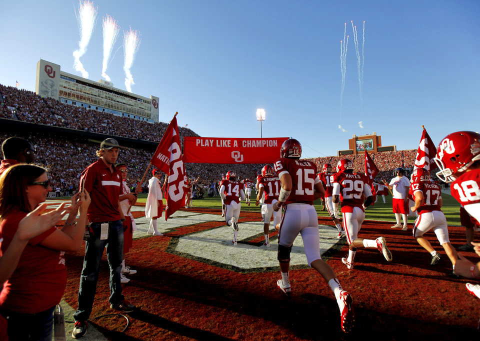 Oklahoma takes the field during the college football game between the University of Oklahoma Sooners (OU) and the Ball State Cardinals at Gaylord Family-Memorial Stadium on Saturday, Oct. 01, 2011, in Norman, Okla. Photo by Bryan Terry, The Oklahoman