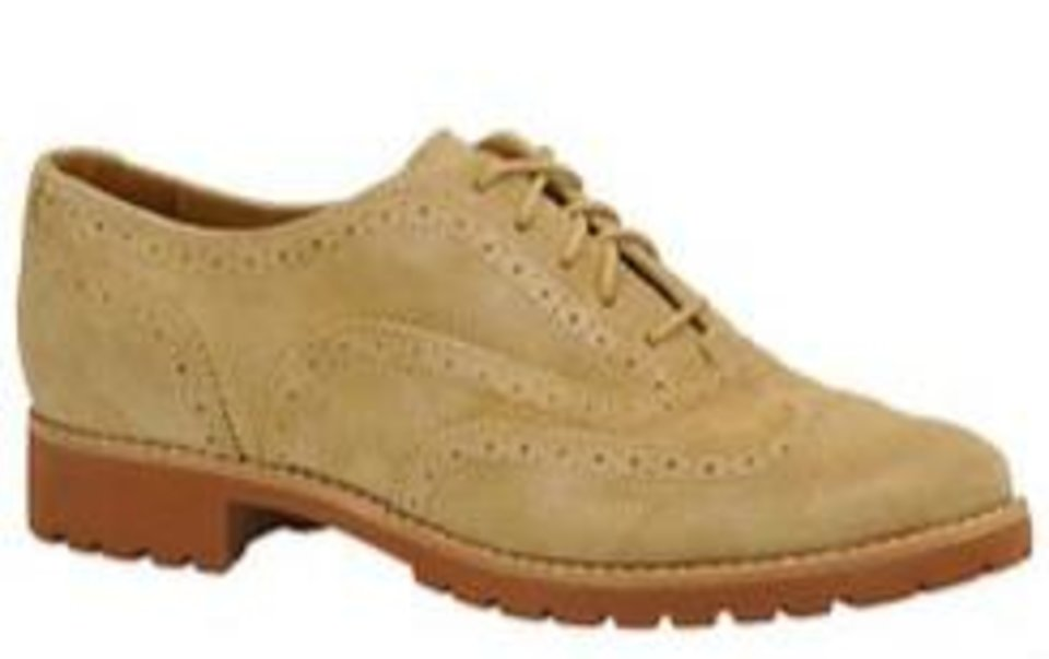 Photo -  Sperry oxford with wingtip styling and lug sole.