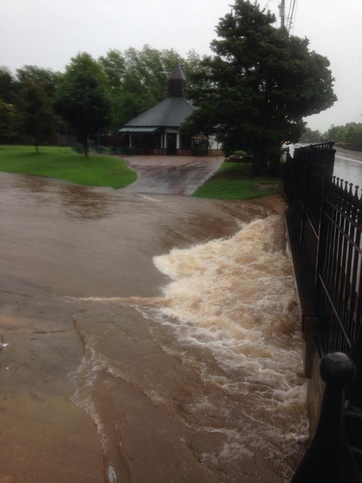 Photo - Flooding at the golf course near NW 63 and Villa -- Photo via @jaclyncosgrove on Twitter