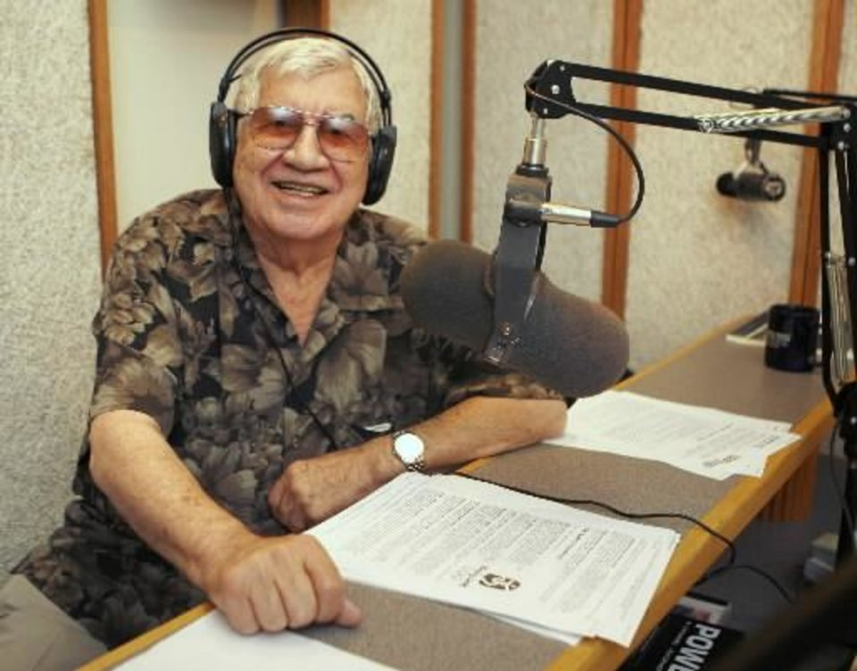 KOMA morning personality Danny Williams, 81, who plans to retire after 61 years in broadcasting, talks to listeners at the studio in Oklahoma City, OK, Monday, Aug. 18, 2008. Photo by Paul Hellstern, The Oklahoman Archives