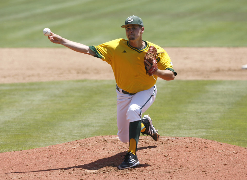 Photo - Sacramento State pitcher Brennan Leitao delivers during the third inning of an NCAA college baseball tournament regional game against Arizona State on Saturday, May 31, 2014, in San Luis Obispo, Calif. (AP Photo/Aaron Lambert)