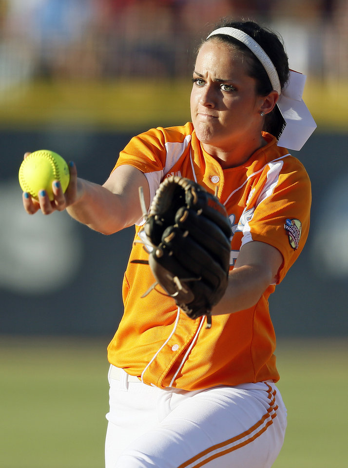 Photo - Tennessee's Ellen Renfroe (13) pitches during Game 1 of the Women's College World Series NCAA softball championship series between Oklahoma and Tennessee at ASA Hall of Fame Stadium in Oklahoma City, Monday, June 3, 2013. Photo by Nate Billings, The Oklahoman