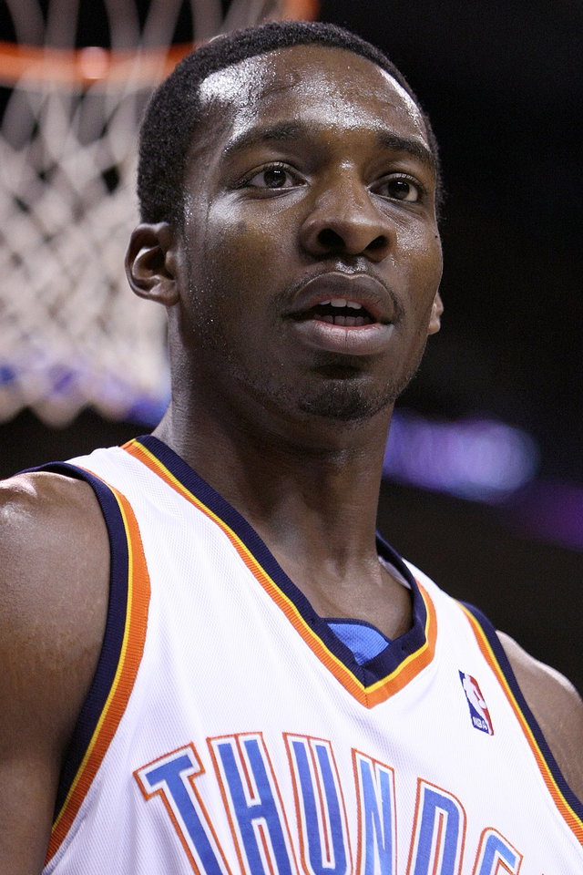 Photo - OKLAHOMA CITY THUNDER / MIAMI HEAT / NBA BASKETBALL: Oklahoma City's Jeff Green during the Thunder - Miami game January 18, 2009 in Oklahoma City.    BY HUGH SCOTT, THE OKLAHOMAN ORG XMIT: KOD