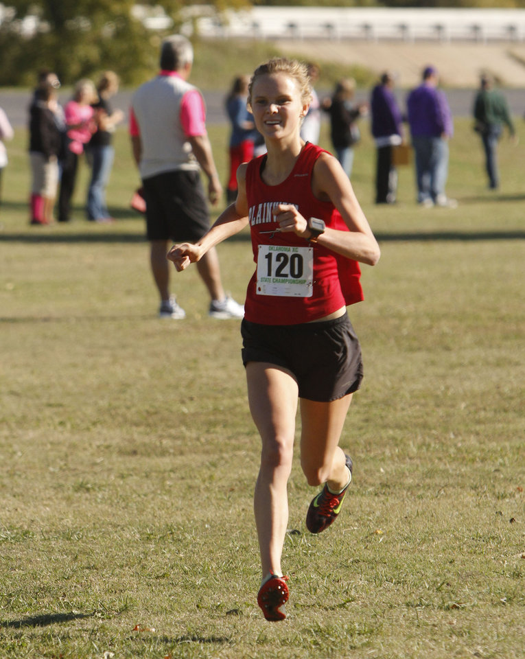 Plainview's Alex Davis crosses the finish line to win the class 3A girls State cross country meet at Gordon Cooper Vo-Tech in Shawnee, OK, Saturday, October 20, 2012. By Paul Hellstern, The Oklahoman