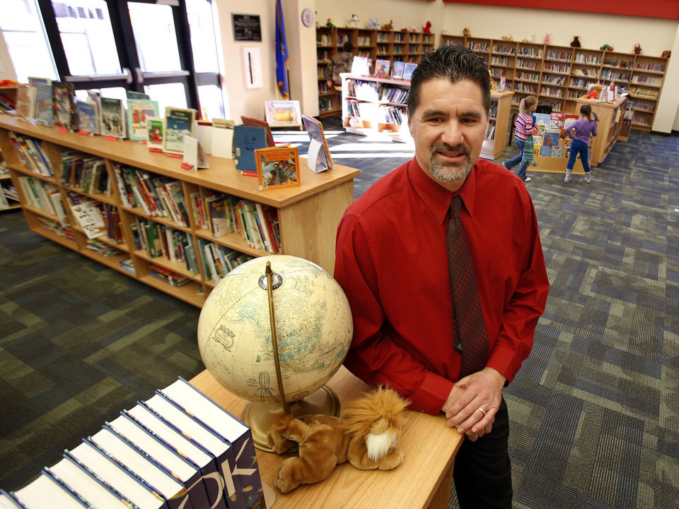 Photo - Robin Hill School Superintendent Jim Martin stands in the school's  Library/Media center.   STEVE SISNEY - THE OKLAHOMAN