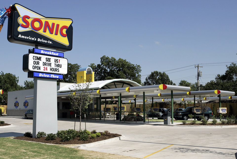 The newly refurbished Sonic restaurant at NW 23rd and Woodward in Oklahoma City, Wednesday, June 21, 2006. By Nate Billings, The Oklahoman