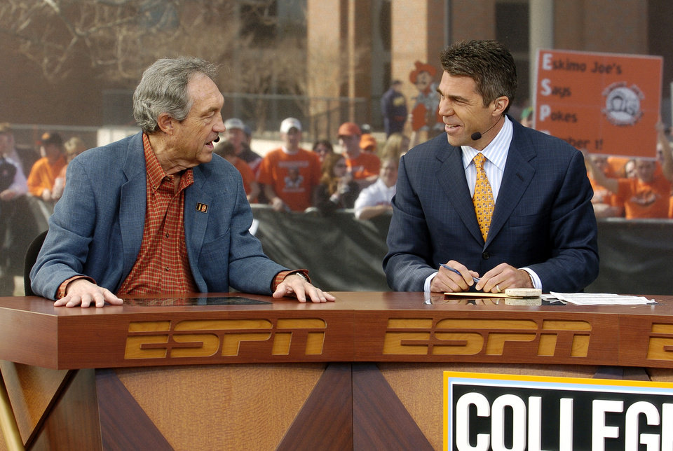Photo - OSU / COLLEGE BASKETBALL: Oklahoma State University's men's basketball team (OSU) plays Texas on Saturday March 5, 2005 Gallagher Iba Arena in Stillwater, OK.  Eddie Sutton appears with Chris Fowler on ESPN GameDay.  (Oklahoman staff photo by Steve Sisney)