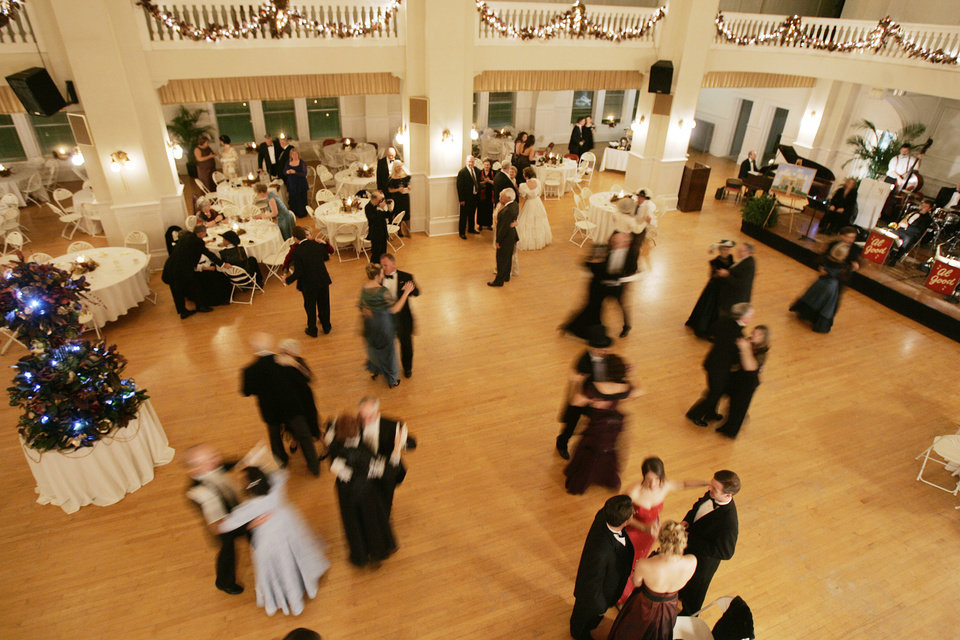 Photo - Dancers move across the floor to the music of the Al Good Orchestra at the Oklahoma Centennial Statehood Inaugural Ball, Saturday, Nov. 17, 2007, at the Guthrie Scottish Rite Masonic Center, in Guthrie, Okla. By Bill Waugh, The Oklahoman