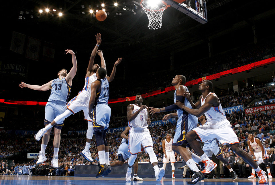 Oklahoma City's Kevin Durant (35) shoots a basket during the NBA game between the Oklahoma City Thunder and the Memphis Grizzlies at Chesapeake Energy Arena in Oklahoma CIty, Friday, Feb. 3, 2012. Photo by Bryan Terry, The Oklahoman