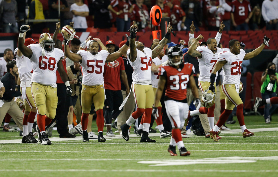 The San Francisco 49ers bench erupts after the NFL football NFC Championship game against the Atlanta Falcons Sunday, Jan. 20, 2013, in Atlanta. The 49ers won 28-24 to advance to Super Bowl XLVII. (AP Photo/John Bazemore)