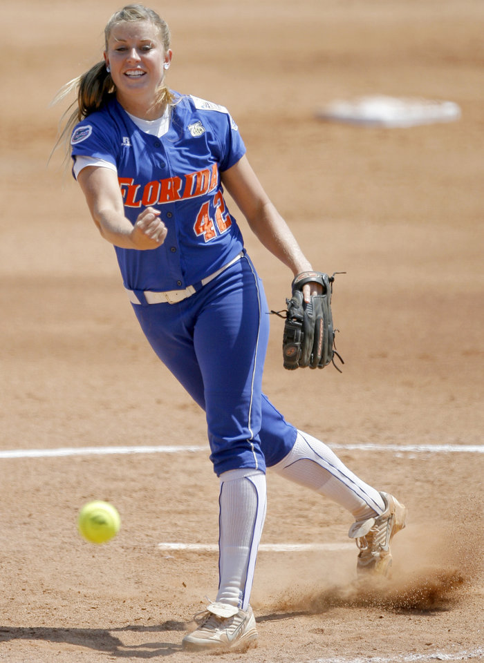 Photo - Stacey Nelson of Florida pitches in the Women's College World Series game between Florida and Virginia Tech at ASA Hall of Fame Stadium in Oklahoma City, Saturday, May 31, 2008. BY BRYAN TERRY, THE OKLAHOMAN
