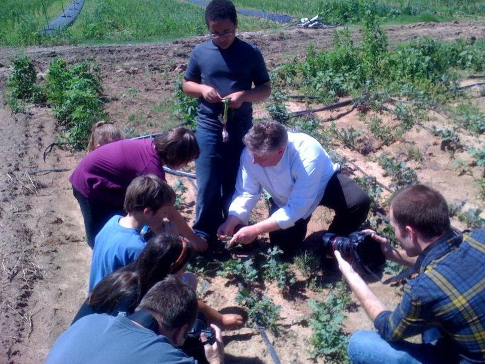 Photo -  Chef Jeff teaches students about farm to table produce at Peach Crest Farm in Stratford, May 26, 2011