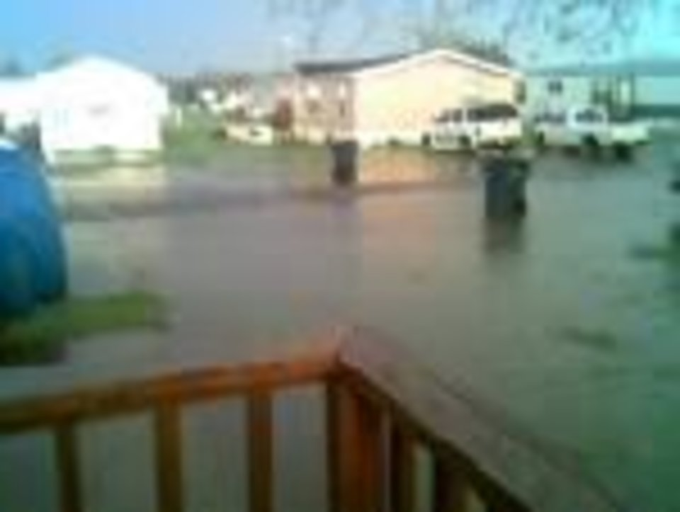 this is out our front door in Lexington<br/><b>Community Photo By:</b> my wife<br/><b>Submitted By:</b> BILL, LEXINGTON