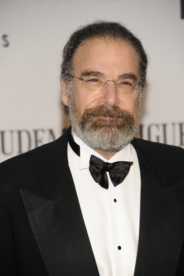 Photo -   Mandy Patinkin arrives at the 66th Annual Tony Awards on Sunday June 10, 2012, in New York. (Photo by Evan Agostini /Invision/AP)