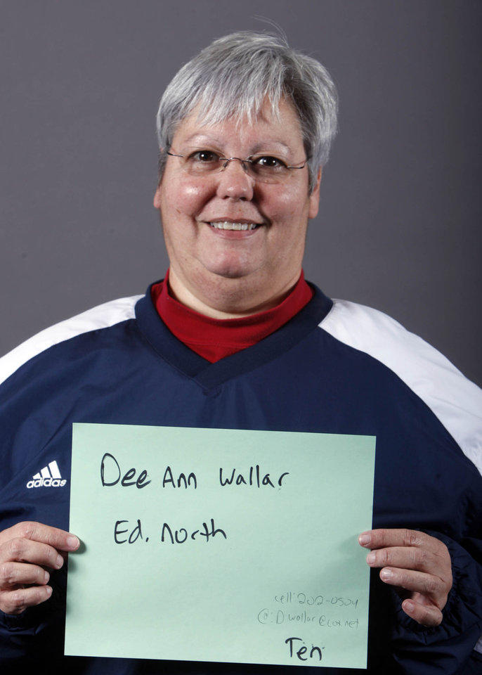 Photo - Edmond North tennis coach Dee Ann Wallar poses for a mug during the spring high school sports photo day at the Oklahoman in Oklahoma City, Wednesday, Feb. 16 , 2010.  Photo by Sarah Phipps, The Oklahoman.  ORG XMIT: KOD