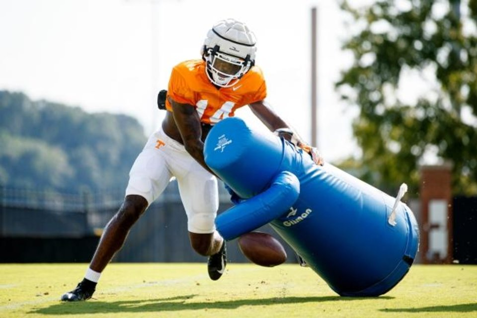 Photo -  Tennessee defensive back Key Lawrence runs drills during fall camp on Aug. 26 on Haslam Field in Knoxville, Tenn. Lawrence announced on Monday that he will transfer to OU. [Caleb Jones/Tennessee Athletics]