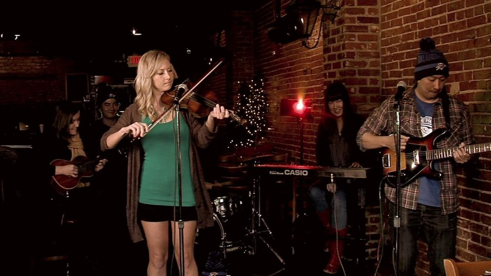 "Cami Stinson & The Nghiems perform ""I Wish It Was Christmas Today"" for 2011 Static X-Mas"