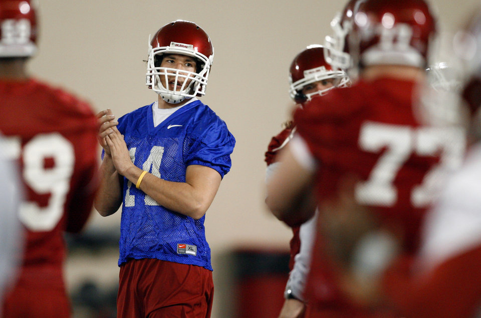 Photo - Quarterback Sam Bradford at the University of Oklahoma OU spring football practice in Norman, Oklahoma, on Tuesday, March 3, 2009.   
