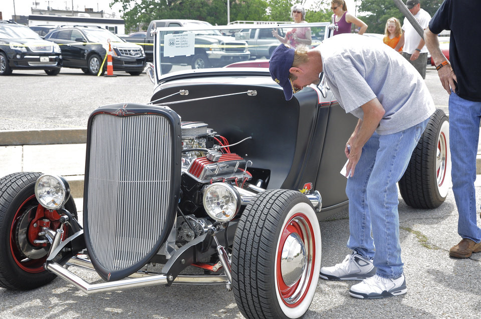 Photo -  Visitors check out the car show during last year's Bethany 66 Festival. THE OKLAHOMAN ARCHIVES