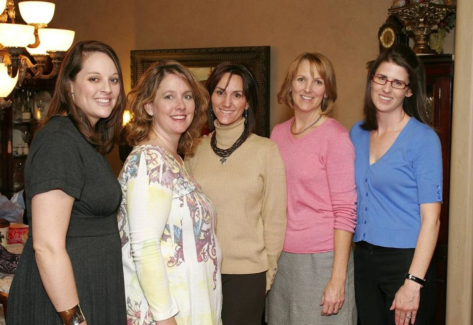 Michelle Ponder, Jenny Kalsu, Lauri Gormley, Mary Beth Griffing, Melissa Santoro.	BY DAVID FAYTINGER, FOR THE OKLAHOMAN