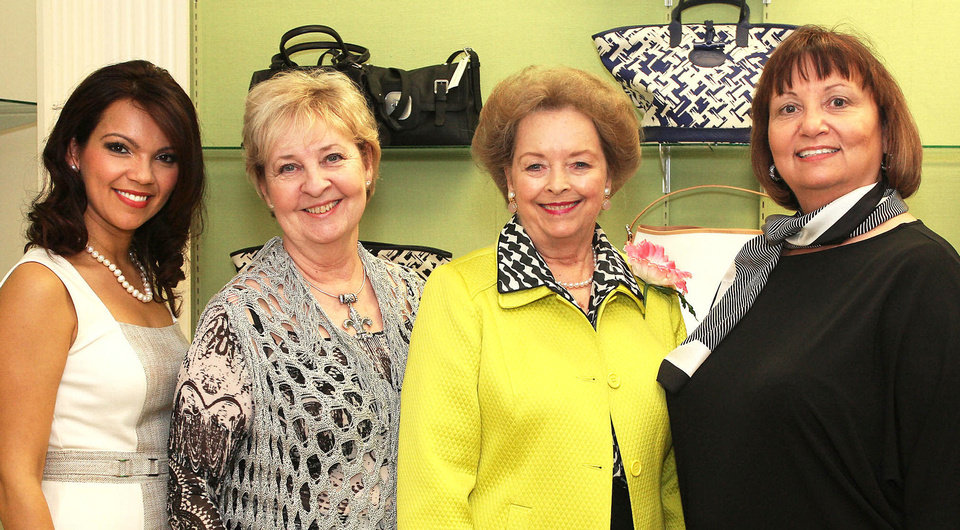 Photo - Estela Hernandez, Judy Perris, Sharlene Branham, Bonnie Green.