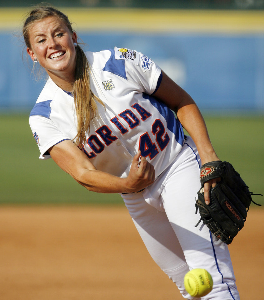 Stacey Nelson (42) pitches for Florida during the softball game in the Women's College World Series between UCLA and Florida at ASA Hall of Fame Stadium in Oklahoma City, Saturday, May 31, 2008. Florida won, 2-0. BY NATE BILLINGS, THE OKLAHOMAN