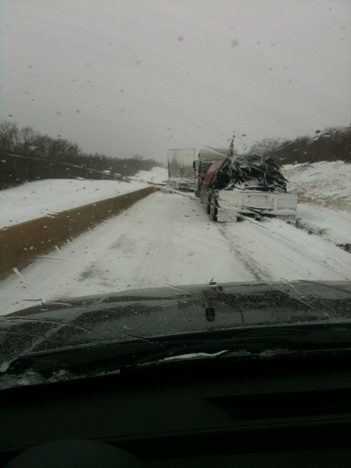 Photo - Road construction I-40 west bound from Okemah. Why do truckers think there invincible in this weather?