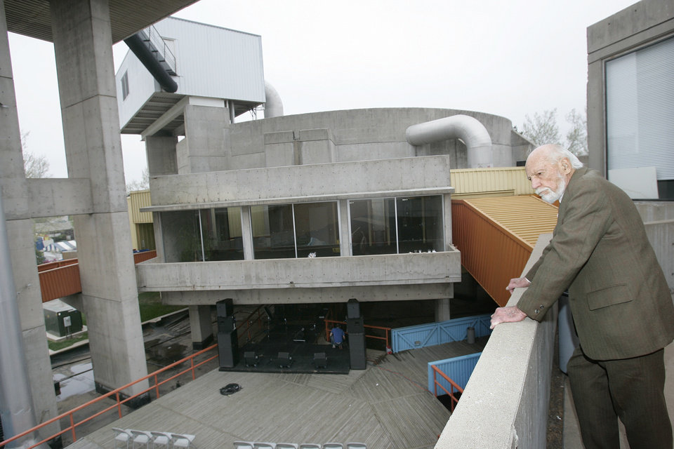 Photo - JOHN JOHANSEN: Architect John M. Johansen stands on a balcony at Stage Center Wed. April 23, 2008. He is listed as one of the world's most renowned architects who won one of his highest honors in Oklahoma City with Stage Center. BY JACONNA AGUIRRE/THE OKLAHOMAN. ORG XMIT: KOD