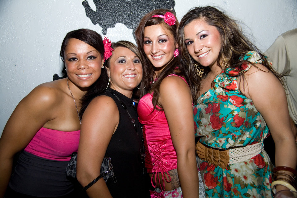 Tari, Carrie, Brittany and Ronica