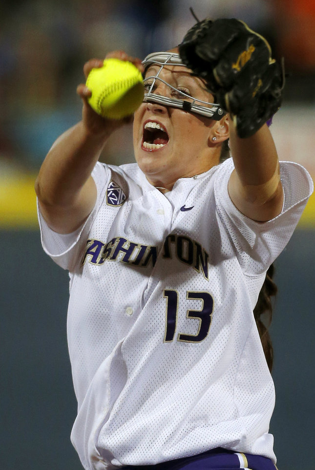 Photo - Washington's Kaitlin Inglesby pitches against Oklahoma during their Women's College World Series softball game at ASA Hall of Fame Stadium in Oklahoma City, Sunday, June, 2, 2013. Photo by Sarah Phipps, The Oklahoman Download