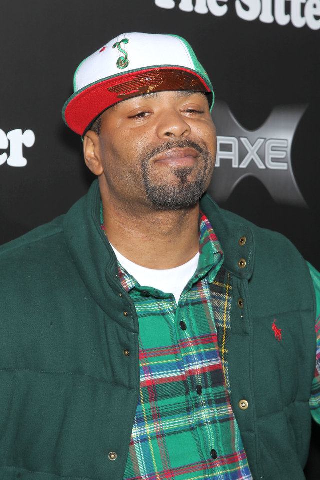 Photo - Method Man poses at the premiere of his film,