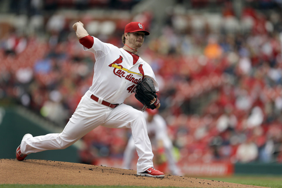 Photo - St. Louis Cardinals starting pitcher Shelby Miller throws during the first inning of a baseball game against the Milwaukee Brewers Wednesday, April 30, 2014, in St. Louis. (AP Photo/Jeff Roberson)