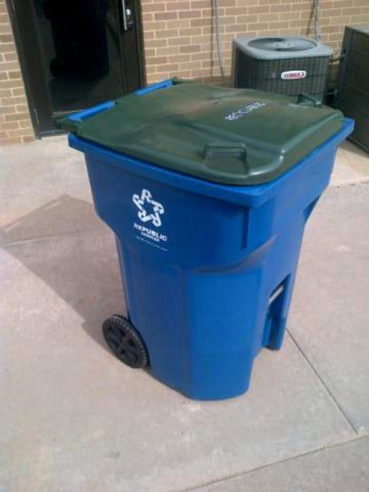 Edmond is getting new rolling carts with lids to hold recyclable  materials as part of the residential curbside recycling program. The new program starts July 1 and will cost residents 48 cents more a month. PHOTO PROVIDED. <strong>PROVIDED - CITY OF EDMOND</strong>