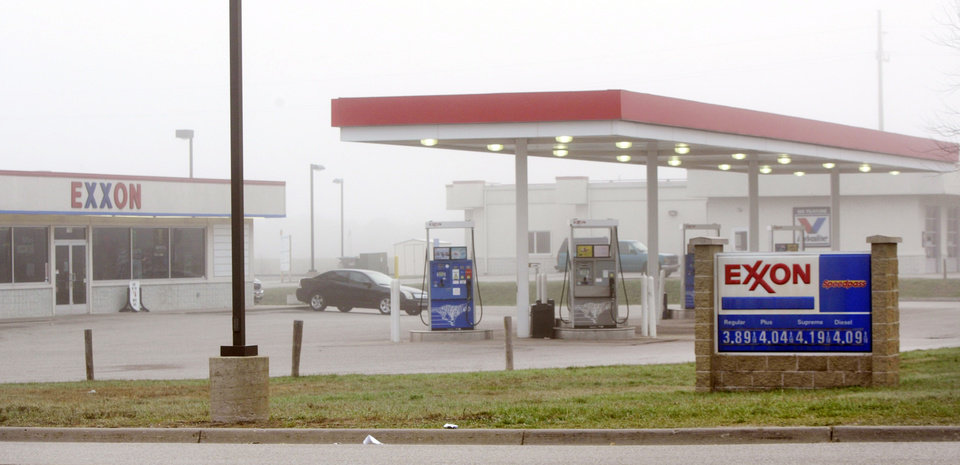 The Exxon Mobil gas station at 1196 E. Sternberg Road in Norton Shores, Mich. is pictured on Monday, April 29, 2013.  Employee Jessica Heeringa, 25, went missing while working a late a shift late at the station on Friday night, April 26 and has yet to be located. (AP Photo/The Muskegon Chronicle, Ken Stevens)