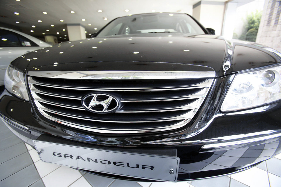 Hyundai Motor Co.'s Grandeur is displayed at a showroom Thursday in Seoul, South Korea.AP PHOTO