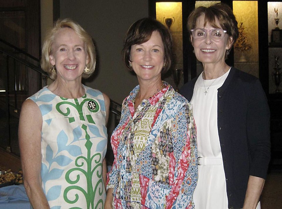 Photo - Christy Everest, Leslie Regens, Susan Hoffman.