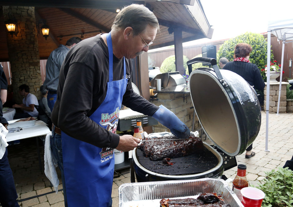 Photo - Paul Schatte , an Oklahoma barbecue legend, passed away at 62 on Sunday. [The Oklahoman Archives]