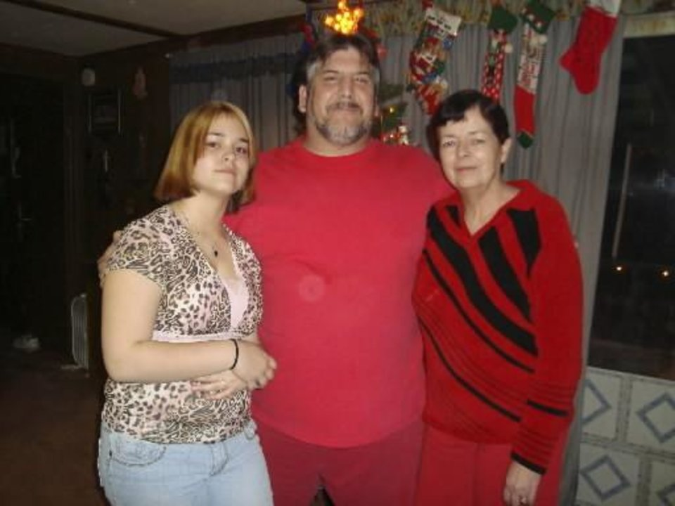 Photo - William and Susan Fambrough (middle, right)