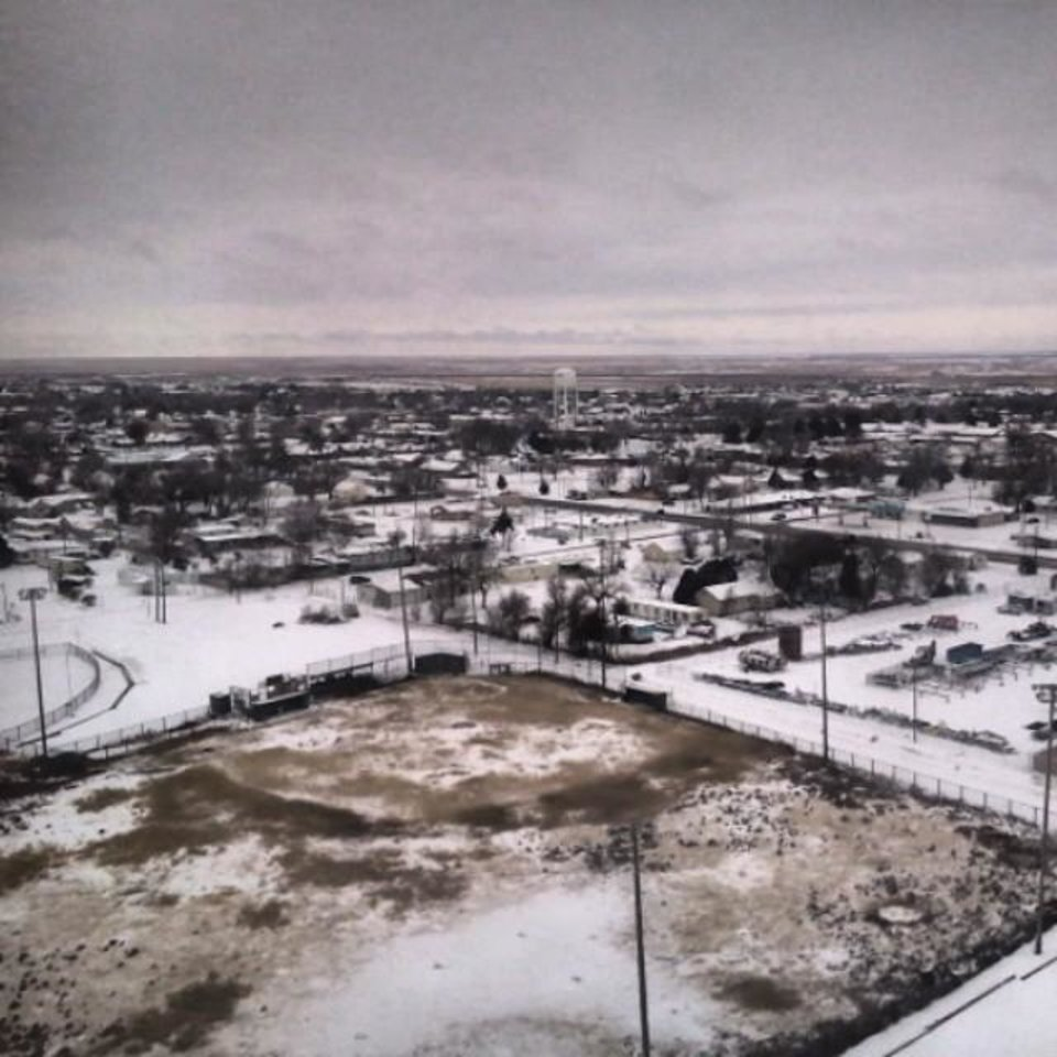 Photo - Snow in Guymon Friday, November 22, 2013 - Photo by Landon Gooch
