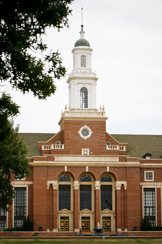 The Edmon Low Library on the campus of Oklahoma State University in Stillwater is pictured. Photo by Zach Gray, The Oklahoman <strong>ZACH GRAY</strong>
